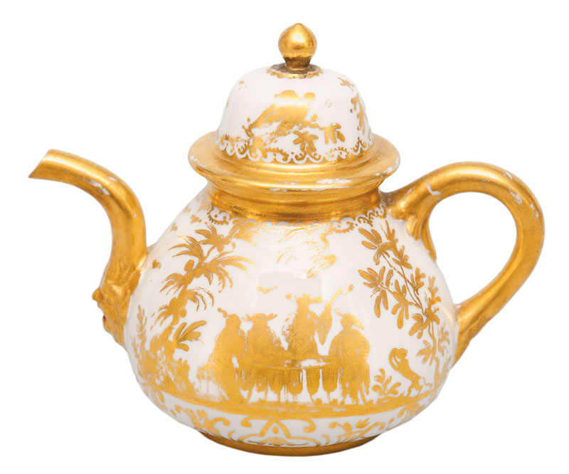 A rare 'Goldchinesen' tea pot