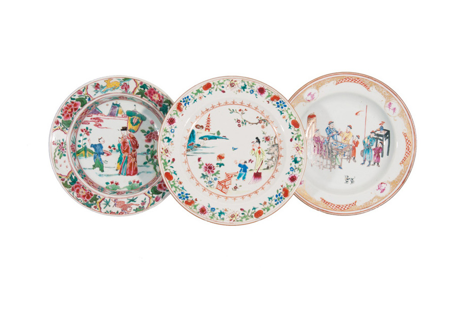 A set of 3 'Famille Rose' plates with figural scenes