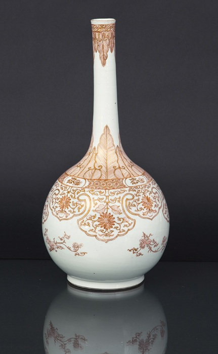 A very rare bottle vase with lambrequin decoration