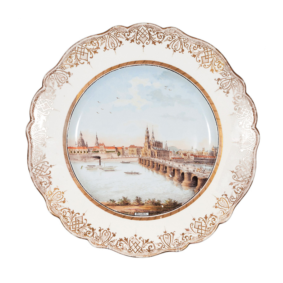 A veduta plate with Elbe panorama in Dresden