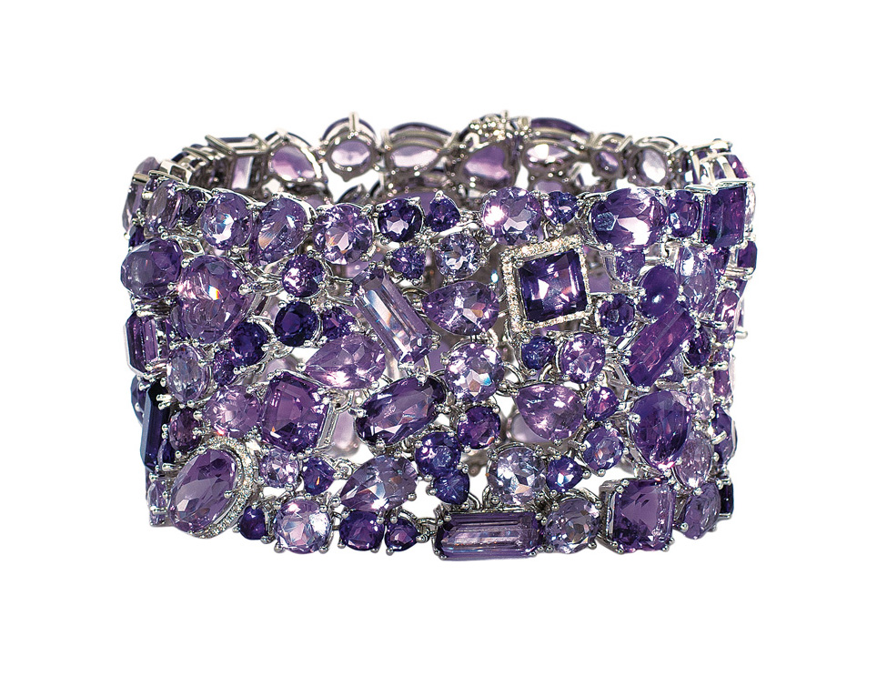 A high carat amethyst diamond bracelet