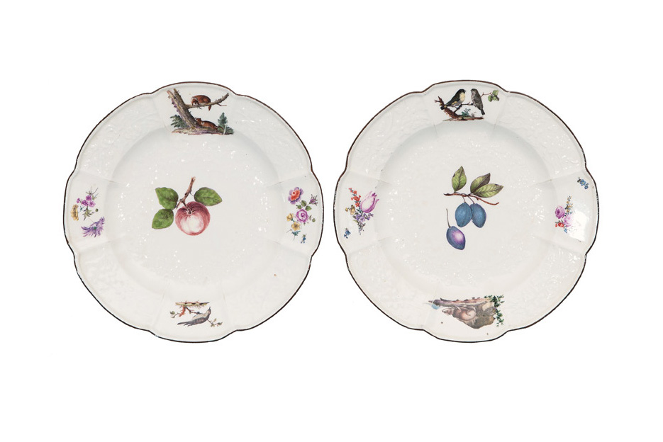 A pair of  'Gotzkowsky' plates with animal paintings
