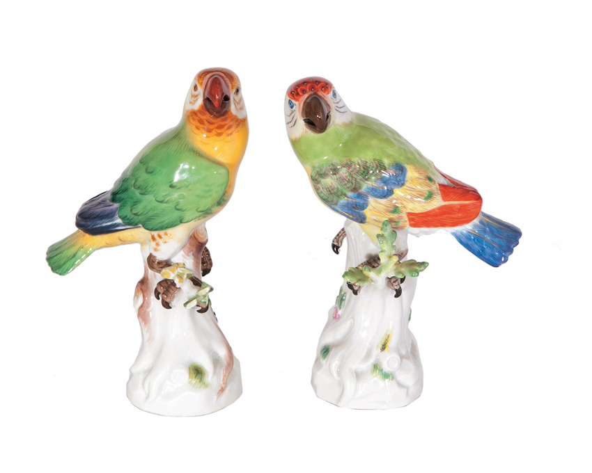A pair of bird figures 'Parrots'