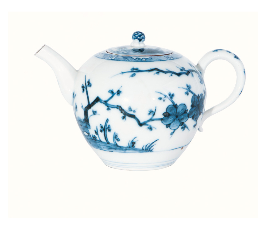 A rare teapot with 'Arita style' blue painting