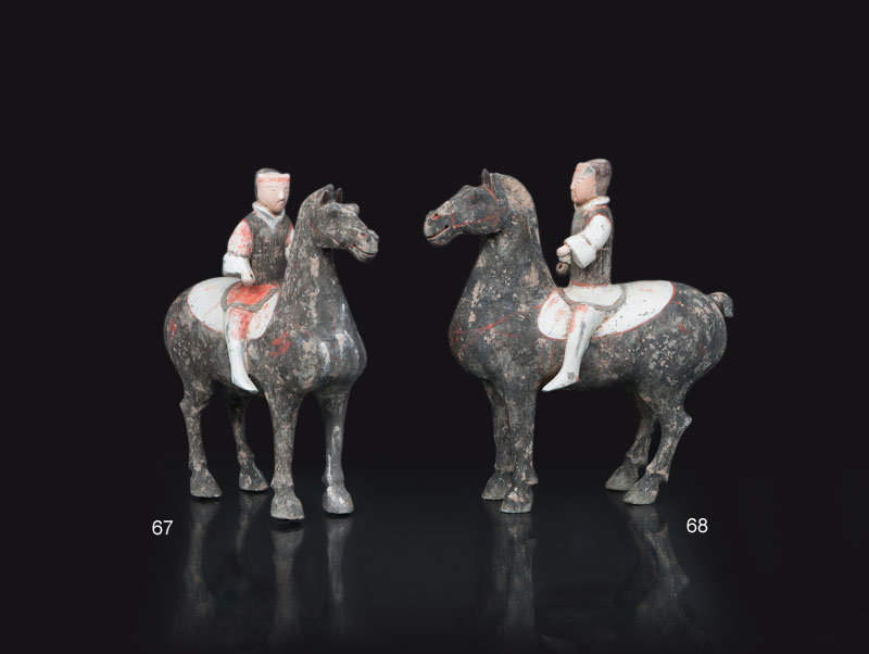 Pottery-figure 'Equestrian on black horse'