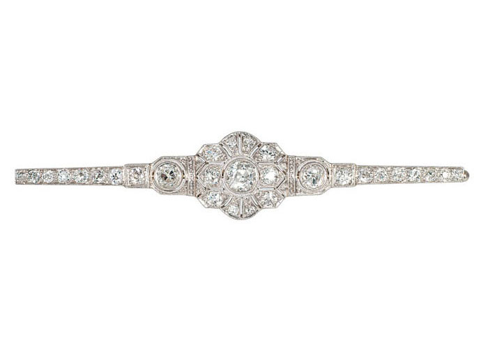 An Art Nouveau diamond brooch