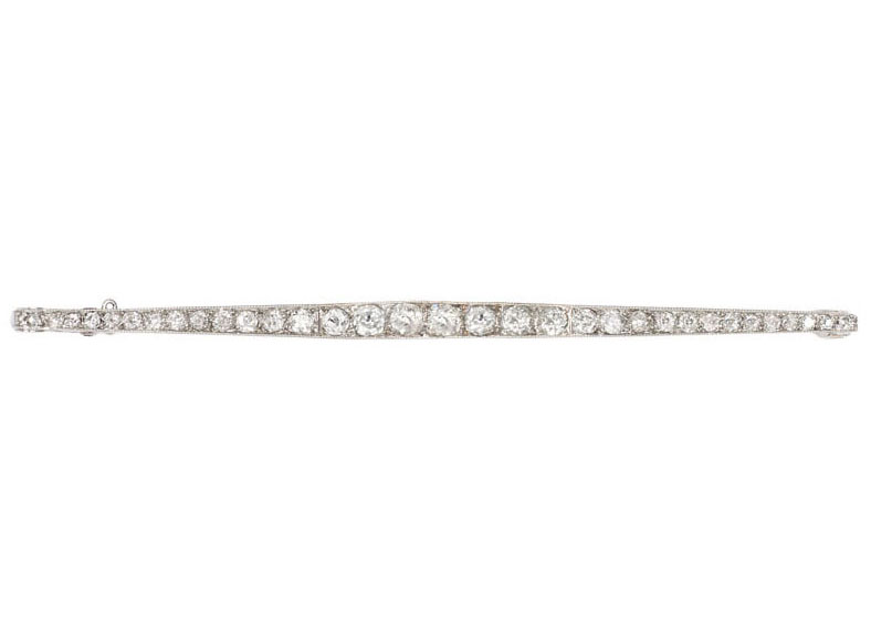 A long Art Nouveau diamond brooch