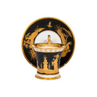 An empire cup with chinoiserie motif