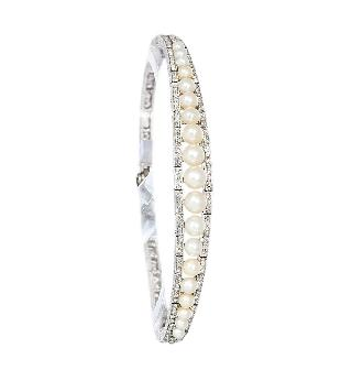 An Art Nouveau diamond bracelet with Orient pearls by Roelof Citroën