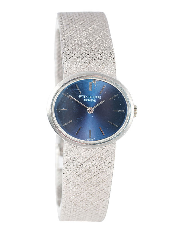 A ladies wristwatch 'Blaue Ellipse' by Patek Philippe