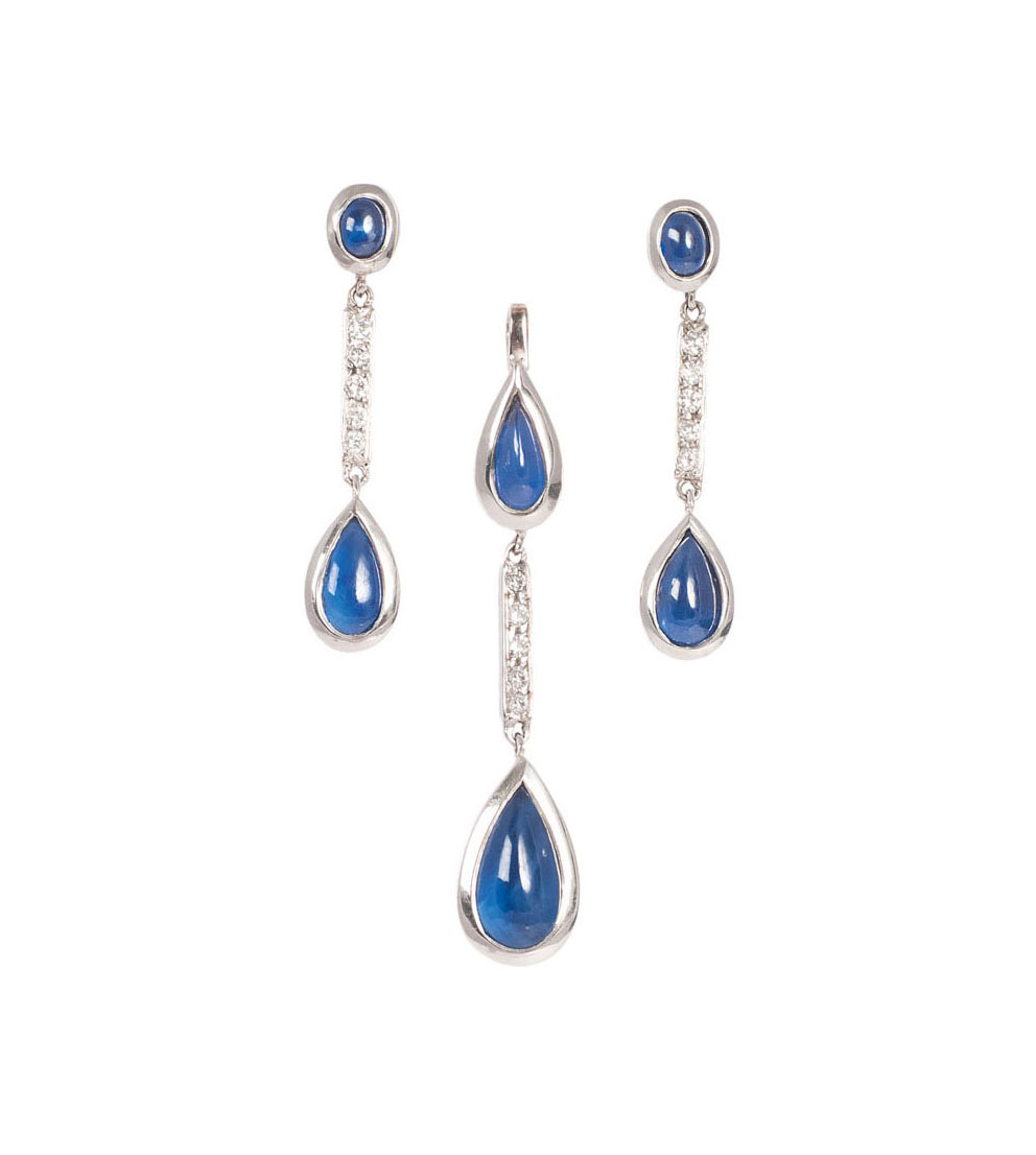 A sapphire diamond set with pendant and a pair of earrings