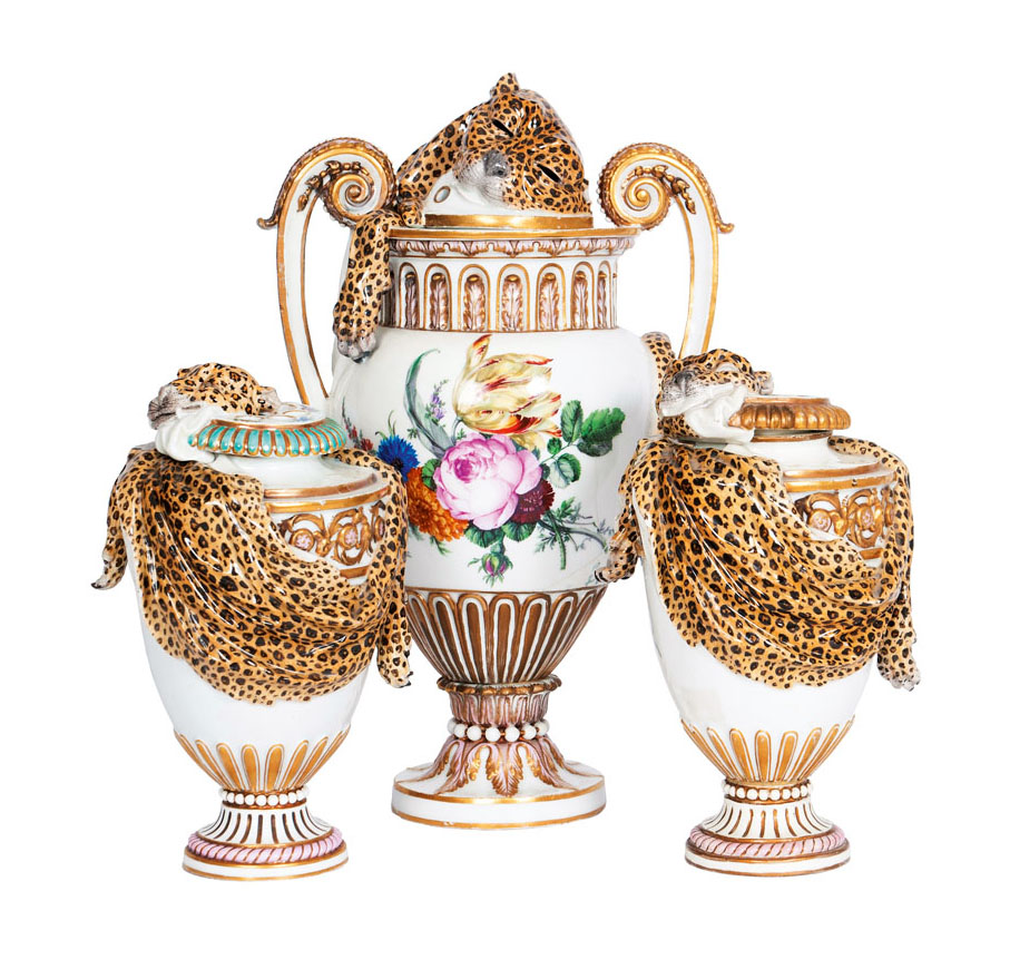 Extraordinary set of 3 potpourri vases with leopard skin