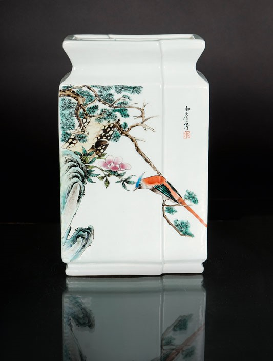 A square-cut vase with birds