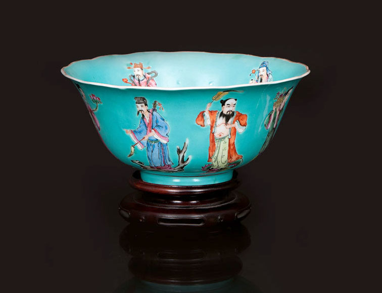 A turquoise-ground bowl '8 Immortals'