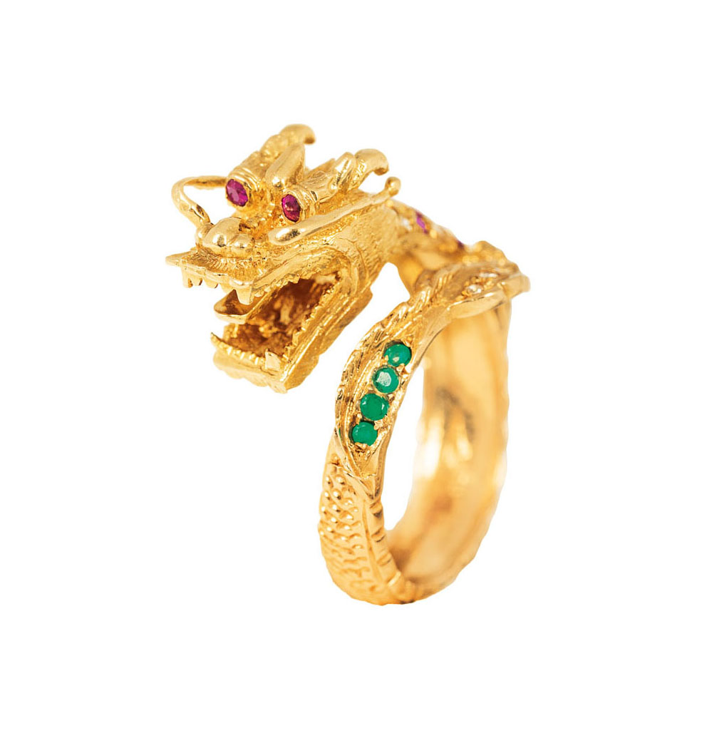An extraordinary ring 'Emporer Dragon' with diamonds, rubies and emeralds
