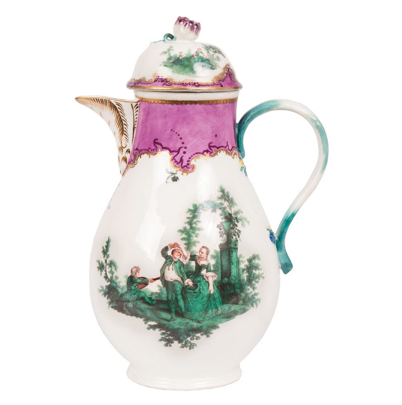 A Meissen-coffeepot with copper green Watteau-scenes
