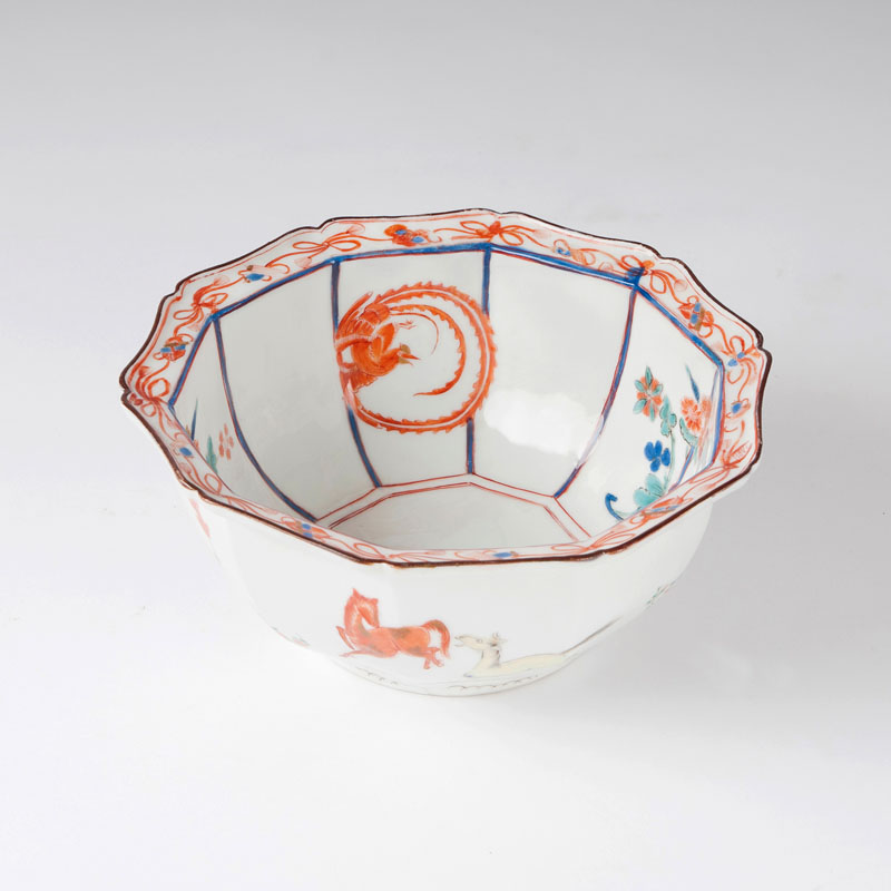 A very rare tenfold cambered bowl with East Asian decor from the Japanese Palace