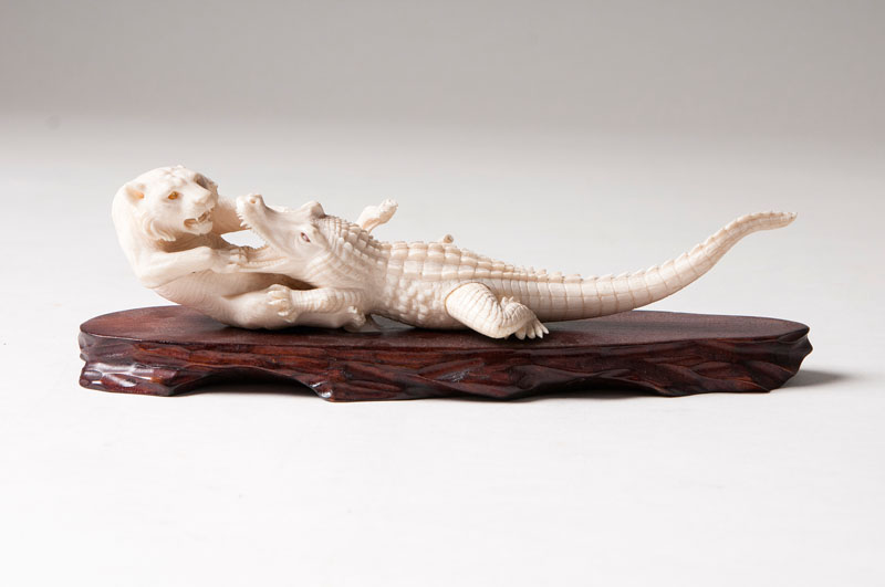 A fine carving 'Tiger and crocodile'