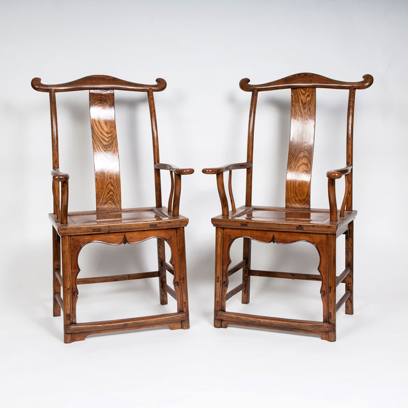 A pair of 'Guan mao shi' armchairs