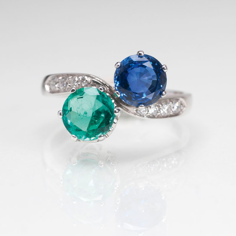 A sapphire emerald ring