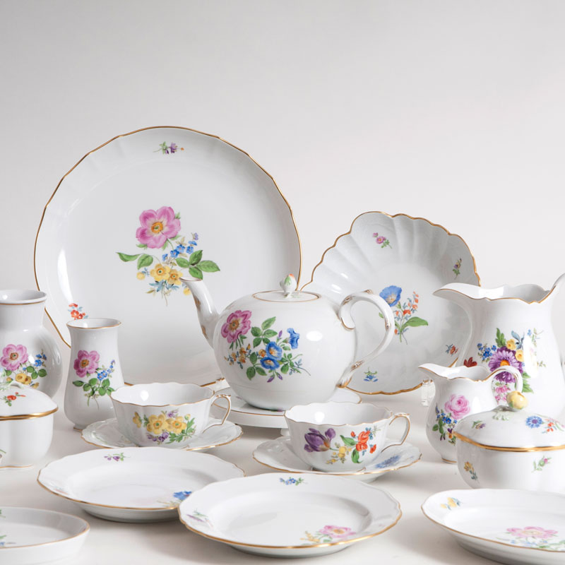 A Meissen tea service for 6 persons with flower painting