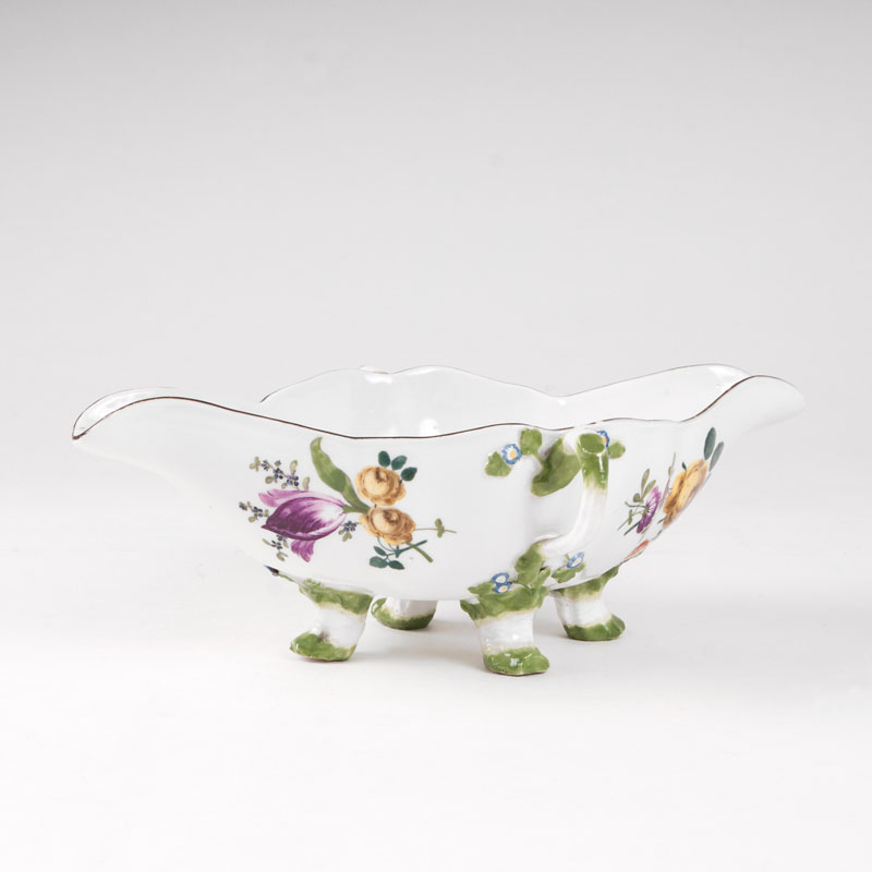 A sauce boat with flower painting