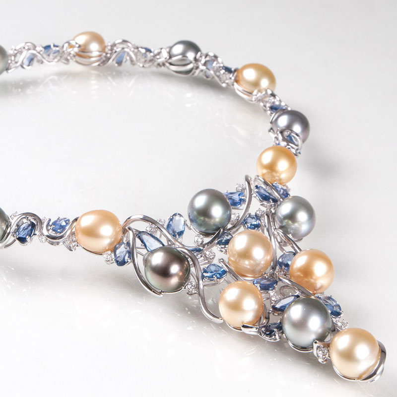 An extraordinary necklace with Southsea pearls, sapphires and diamonds