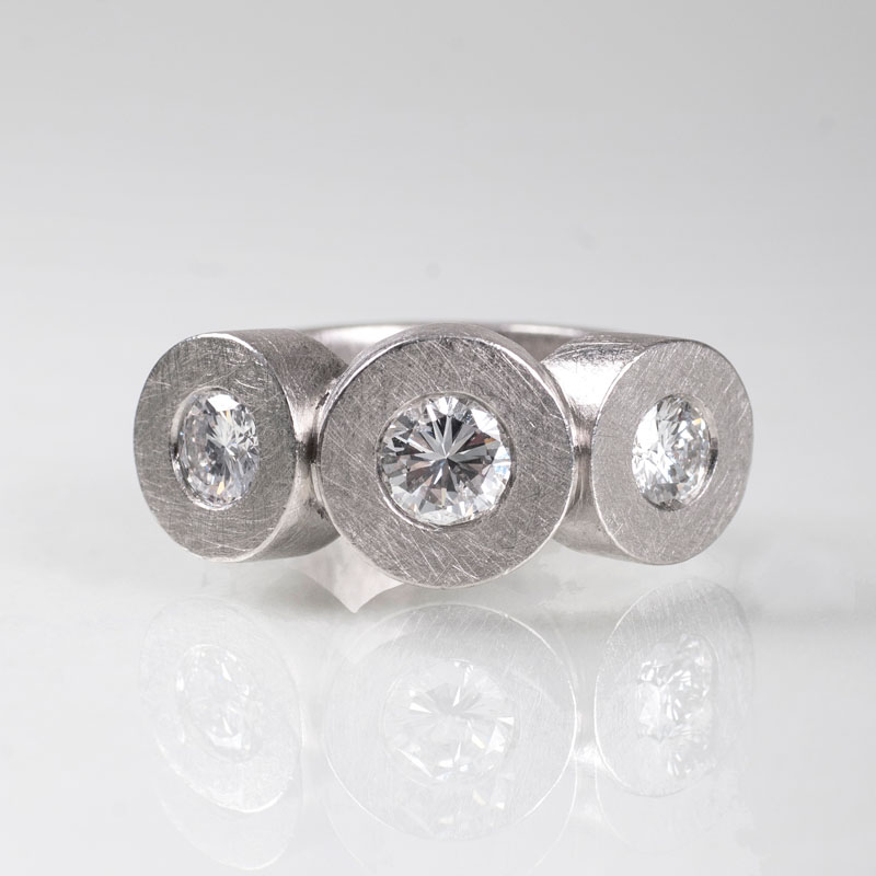Moderner Platin-Brillant-Ring