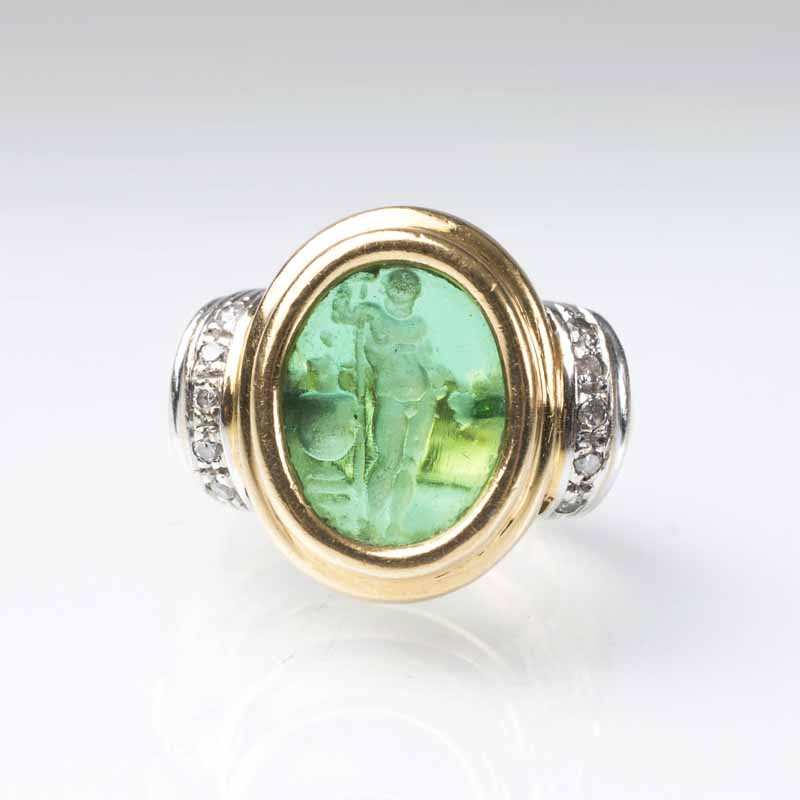 A cameo ring 'Bacchus'
