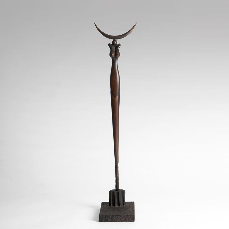 A bronze sculpture 'Small crescent Stele'
