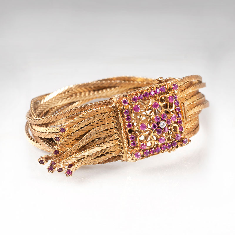 A golden bracelet with rubies in Vintage style