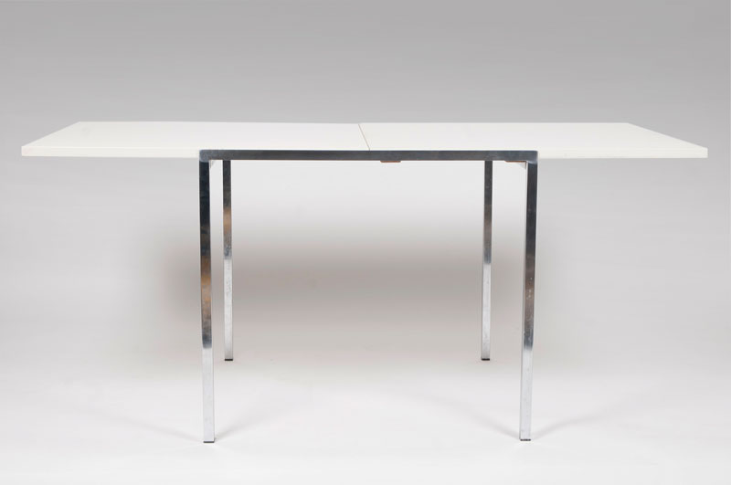 Diningtable 'Folding Table Model 200'