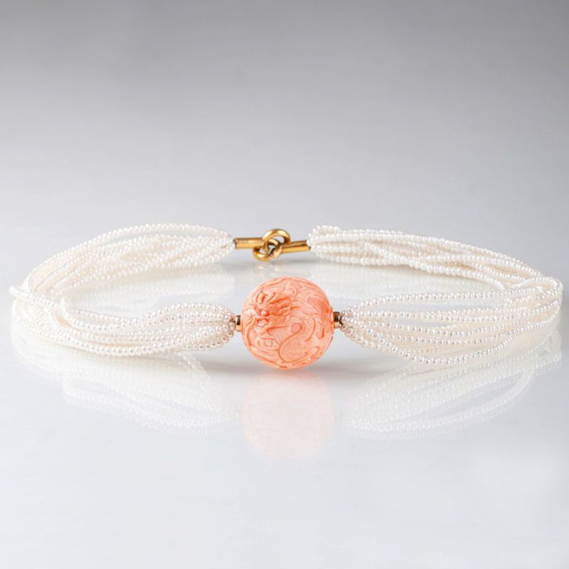A pearl coral necklace