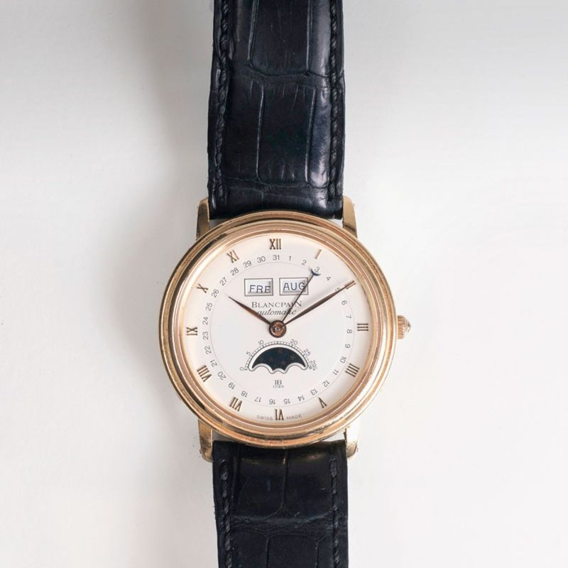 A gentleman's watch with moonphase