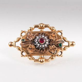 A late Biedermeier brooch with ornament of edelweiss