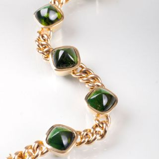 A curb chain bracelet with tourmaline