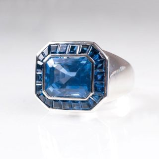 An exceptional Ceylon sapphire ring by Jeweller Wilm