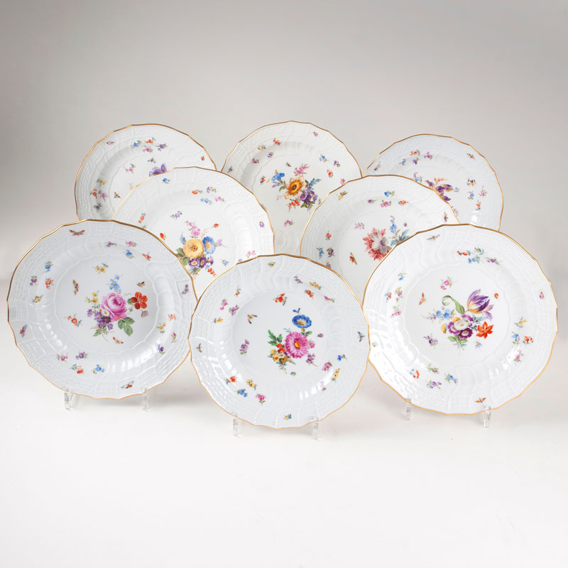 A set of 8 'Neubrandenstein' plates with flowers and insects