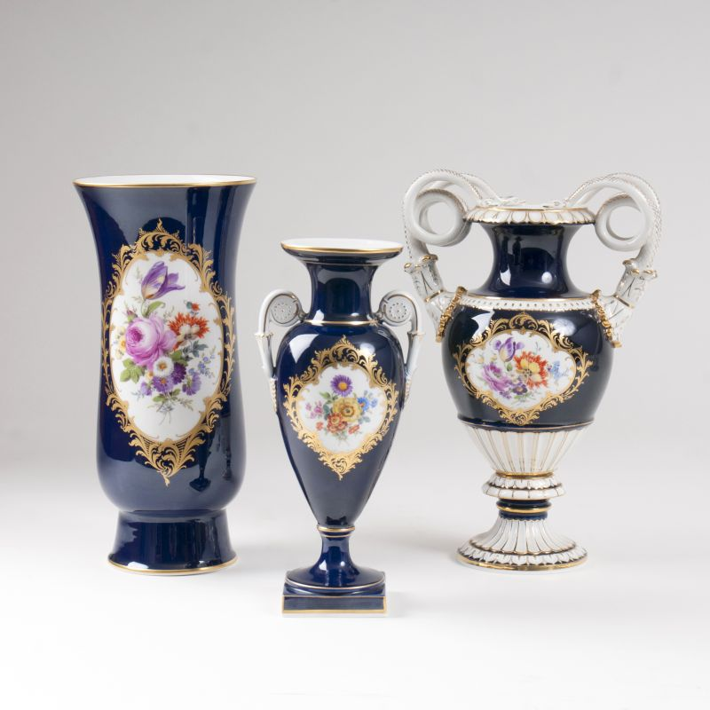A set of 3 Meissen vases with cobalt blue ground and flowers