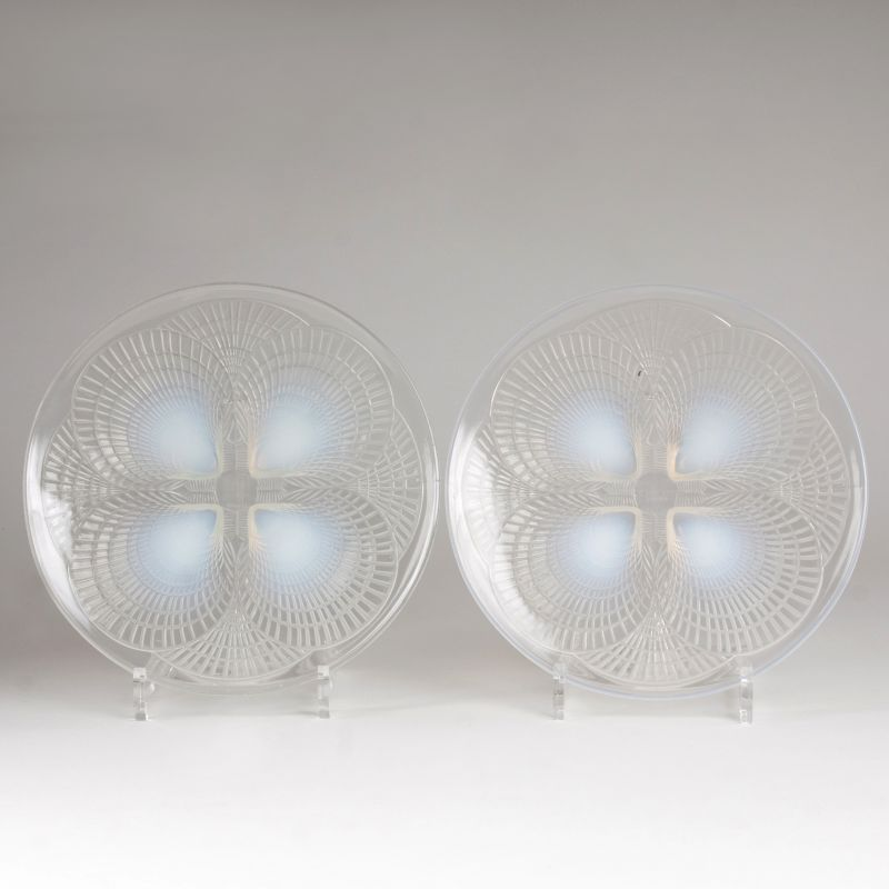 A pair of Art Déco plates 'Coquilles'