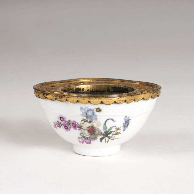 A porcelain miniature bowl with flowers