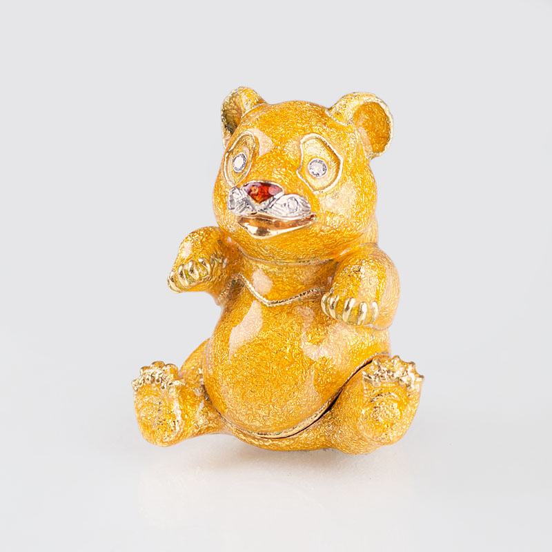 A miniature gold box 'Panda'