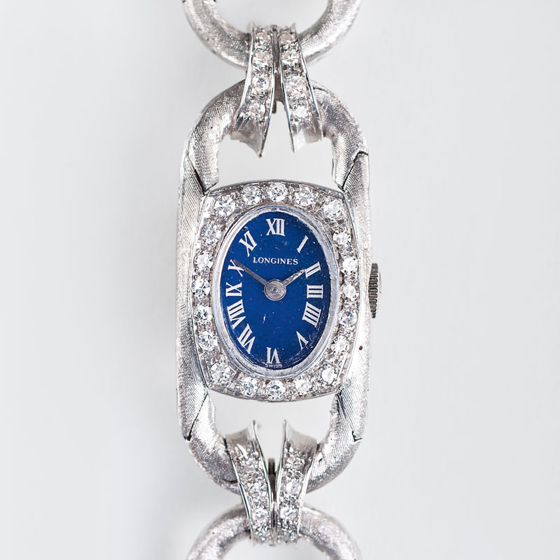 A Vintage ladies' watch with diamonds