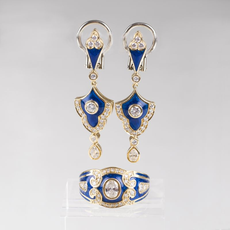 A diamond enamel jewellery set with ring and earclips