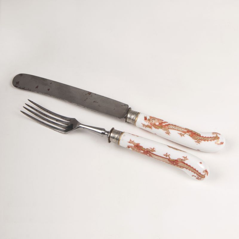 Knife and Fork with Red-Dragon-Decor