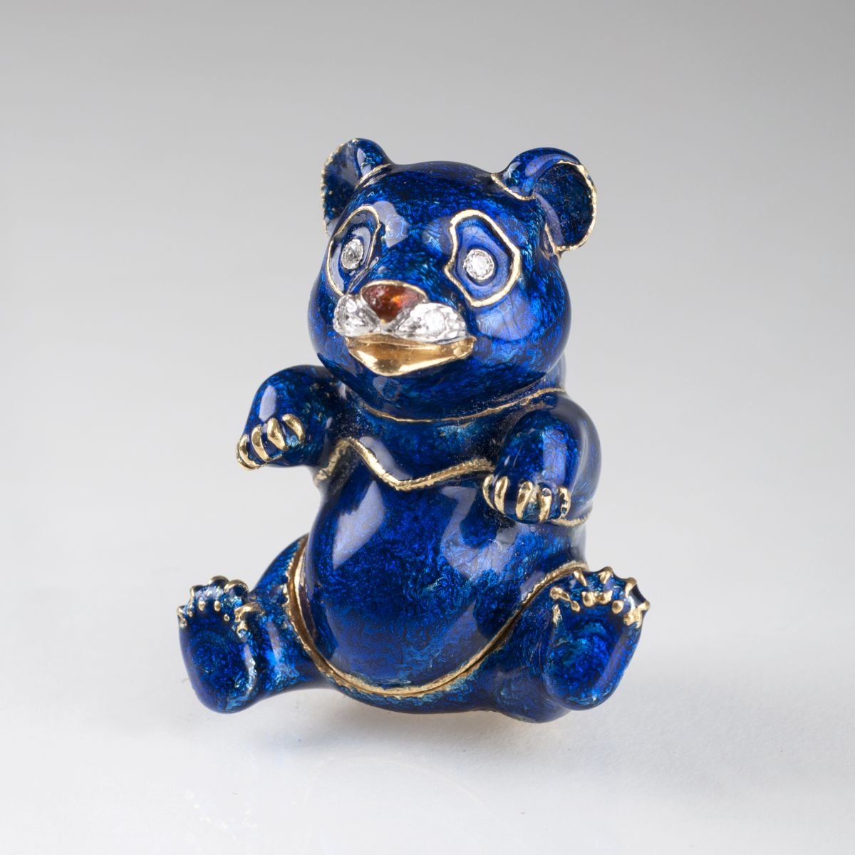 A miniature gold box 'Blue Panda'