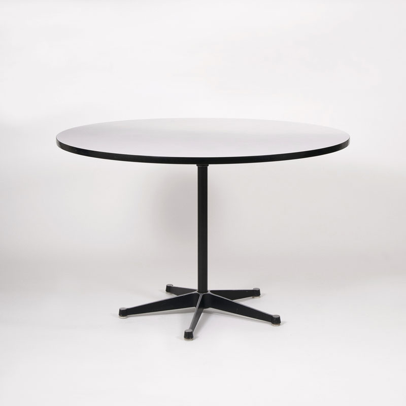 Runder Vintage Eames Table