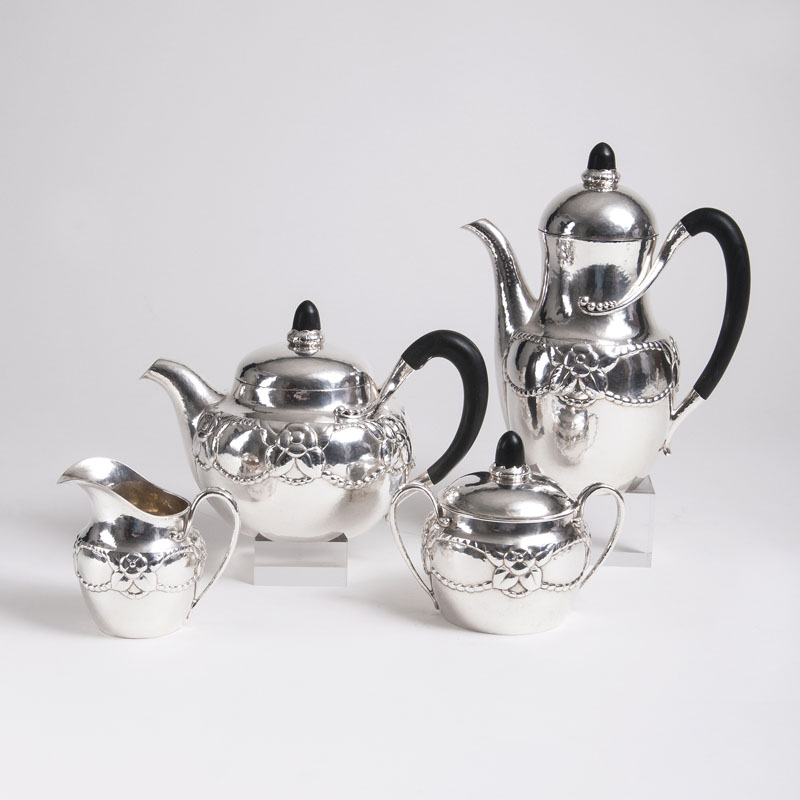 An Art Déco coffee and tea set