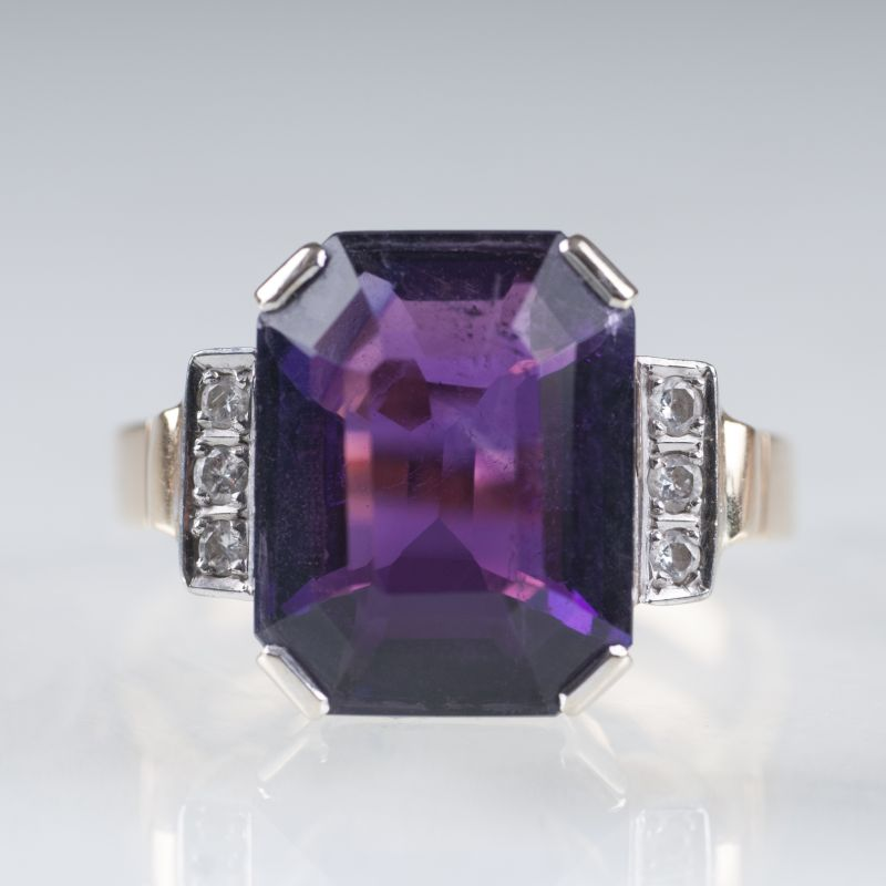 A Vintage amethyst diamond ring