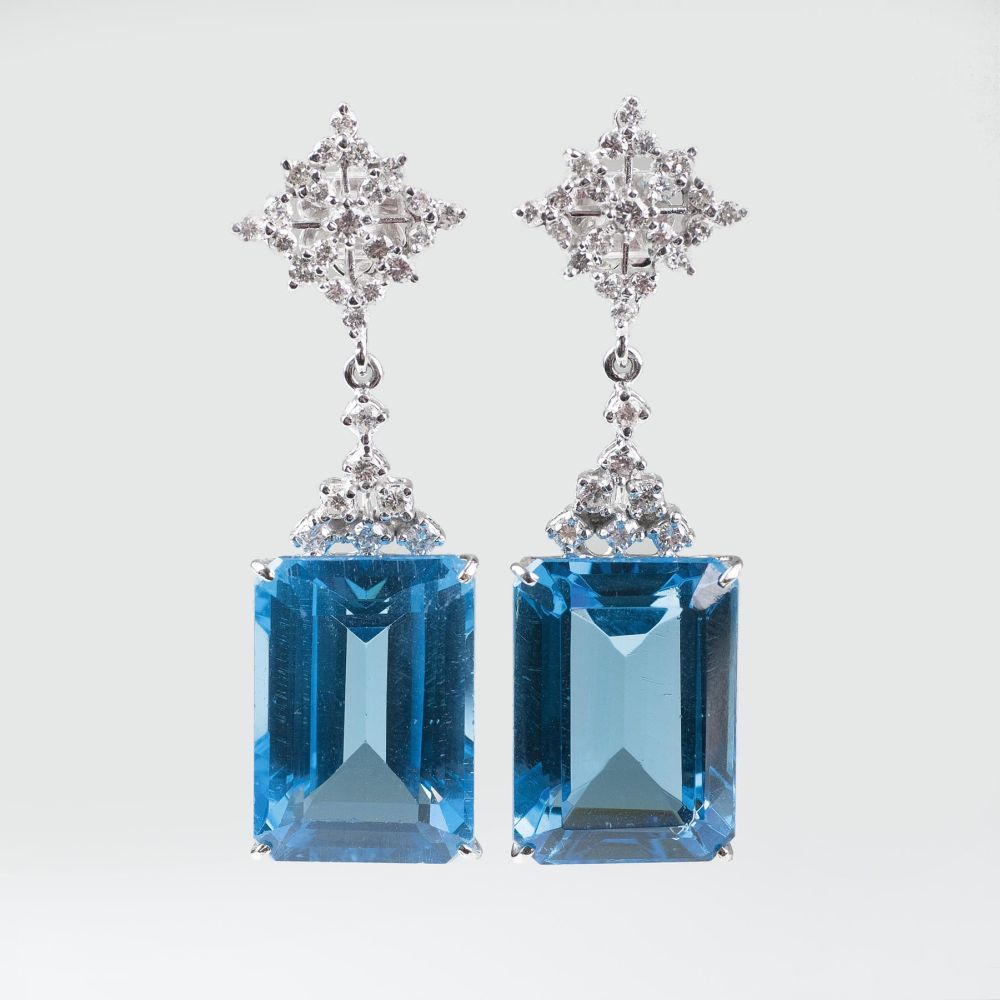 A colourful Pair of Topaz Diamond Earpendants